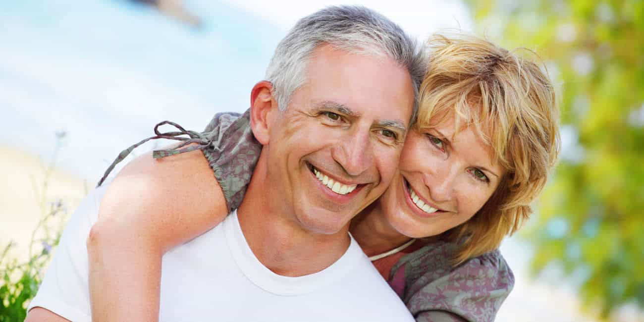 Wills & Trusts happy-couple Estate planning Direct Wills Globe Town